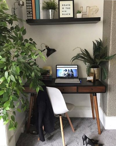 Office nook in the living room on www.lovetohome.co.uk - photo credit with permission from Claire via @houseofharwoodandrose on Instagram