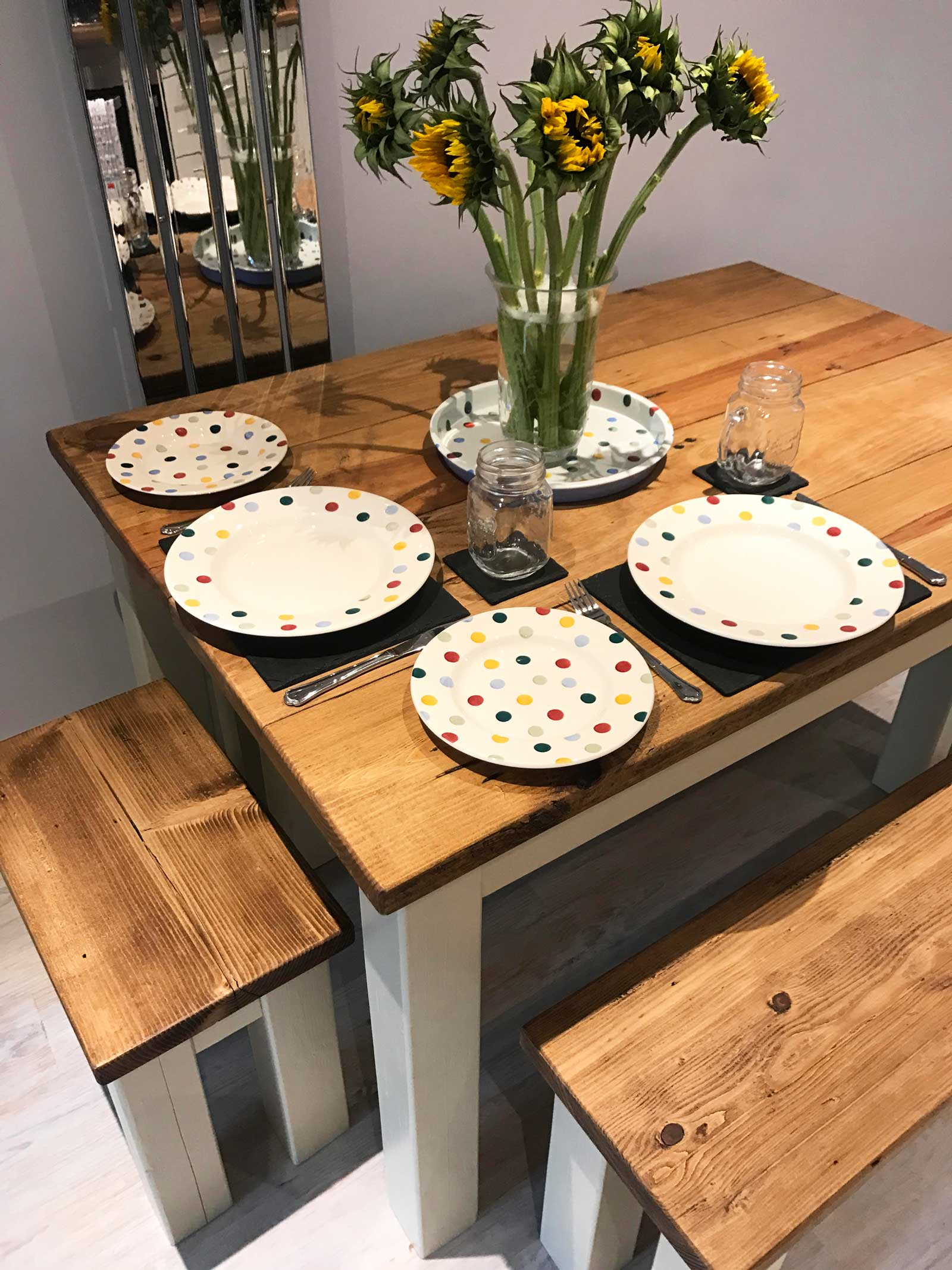 Dining table details: love the modern country look? Check out Kate's home tour on www.lovetohome.co.uk