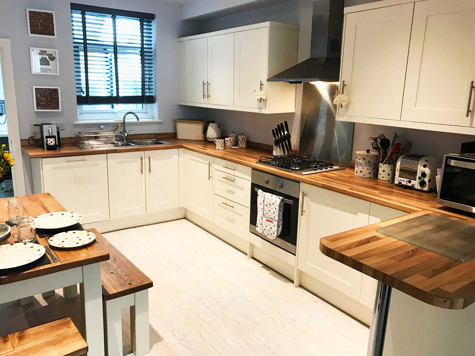 Love this modern country kitchen? Check out Kate's home tour on www.lovetohome.co.uk