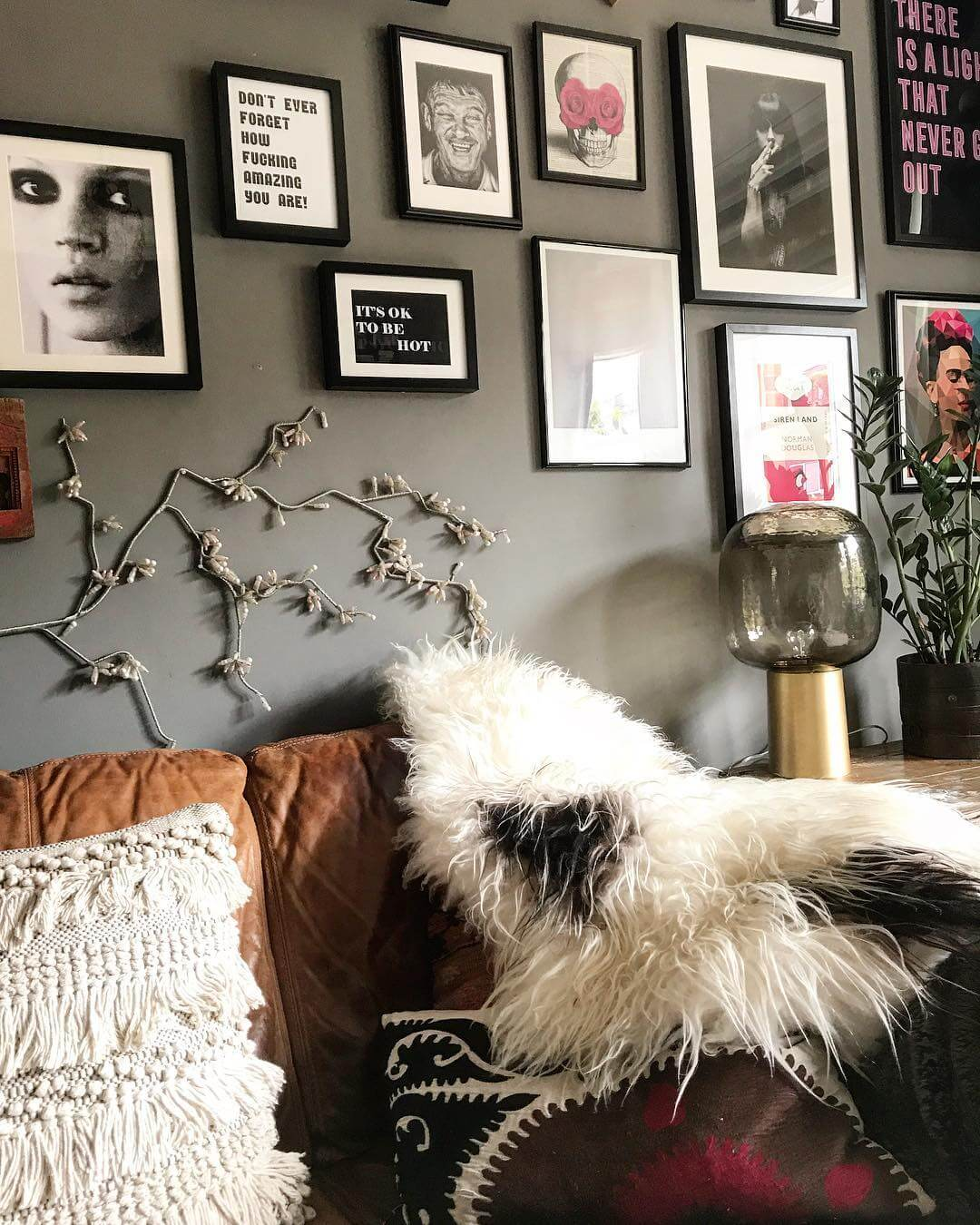 Here are 10 easy ways to infuse your home with positive vibes. Photo credit: @daniellellp via Instagram