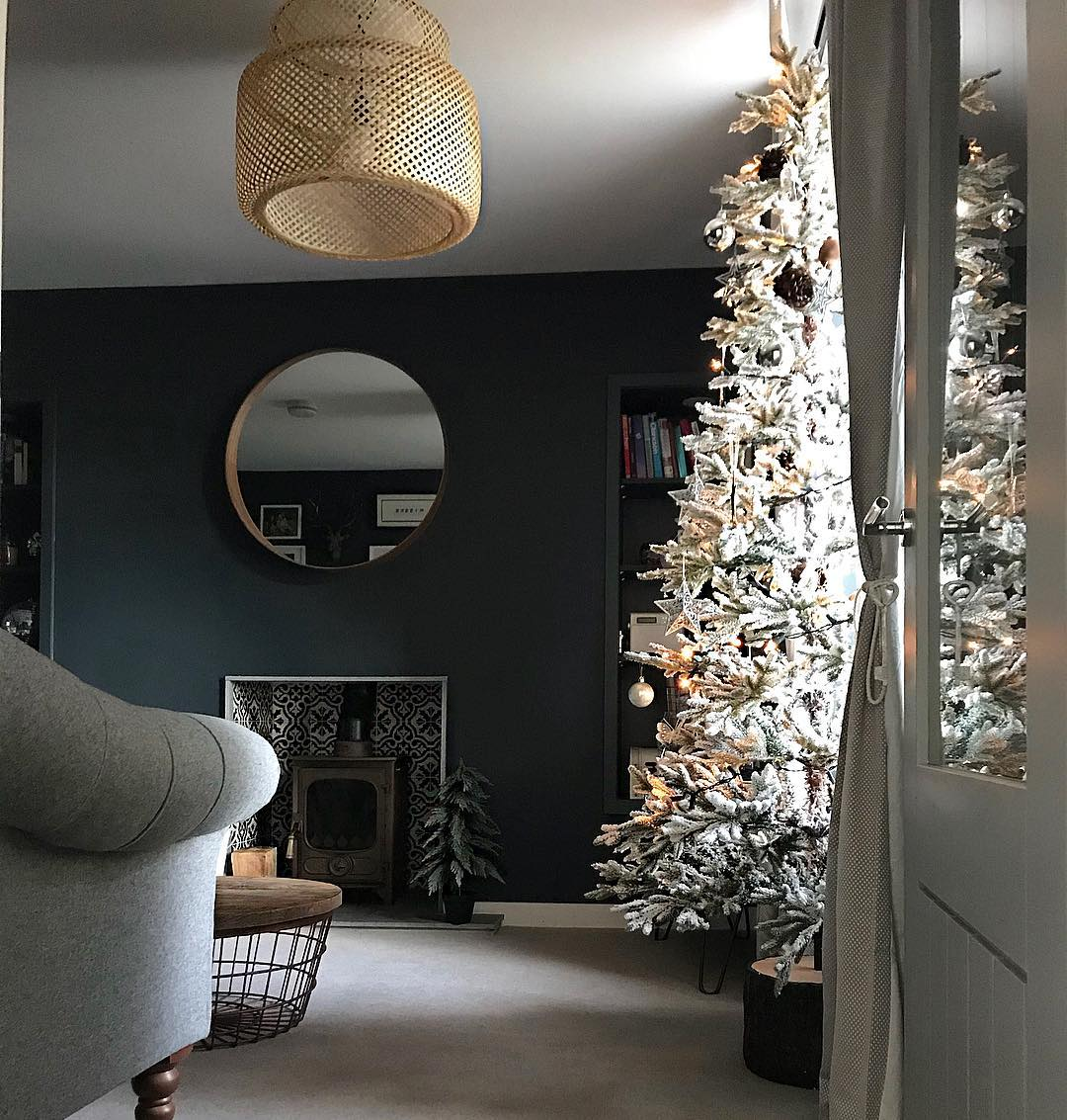 wondering how to decorate a christmas tree? Check out these essential tips on www.lovetohome.co.uk photo credit: @our_wee_country_cottage via Instagram