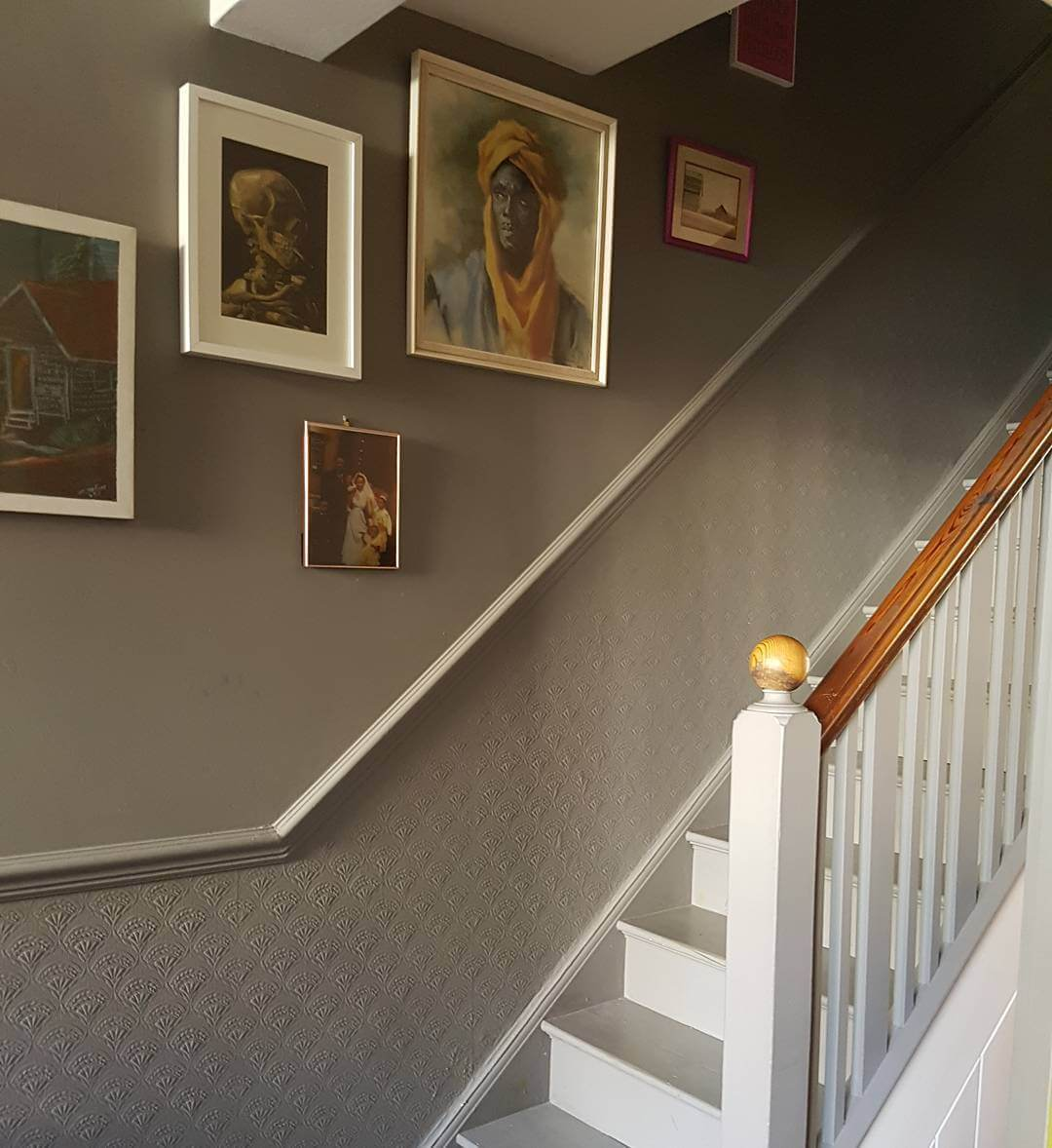 This beautiful hallway is warm, classy and traditional. Find out more on www.lovetohome.co.uk. Photo credit @lotnumber30 on instagram