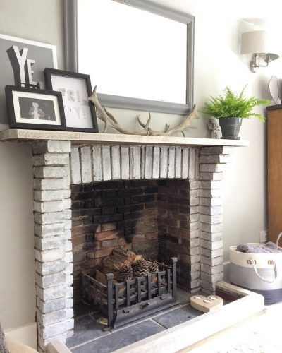 Renovated fireplace: would you renovate a listed property? Amanda did. Find out how she got in here on www.lovetohome.co.uk - Photo credit: with permission from @theoldforgecottage