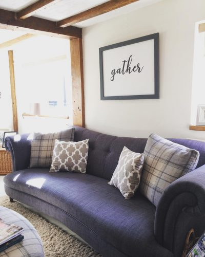 Grey sofa with gather print: would you renovate a listed property? Amanda did. Find out how she got in here on www.lovetohome.co.uk - Photo credit: with permission from @theoldforgecottage