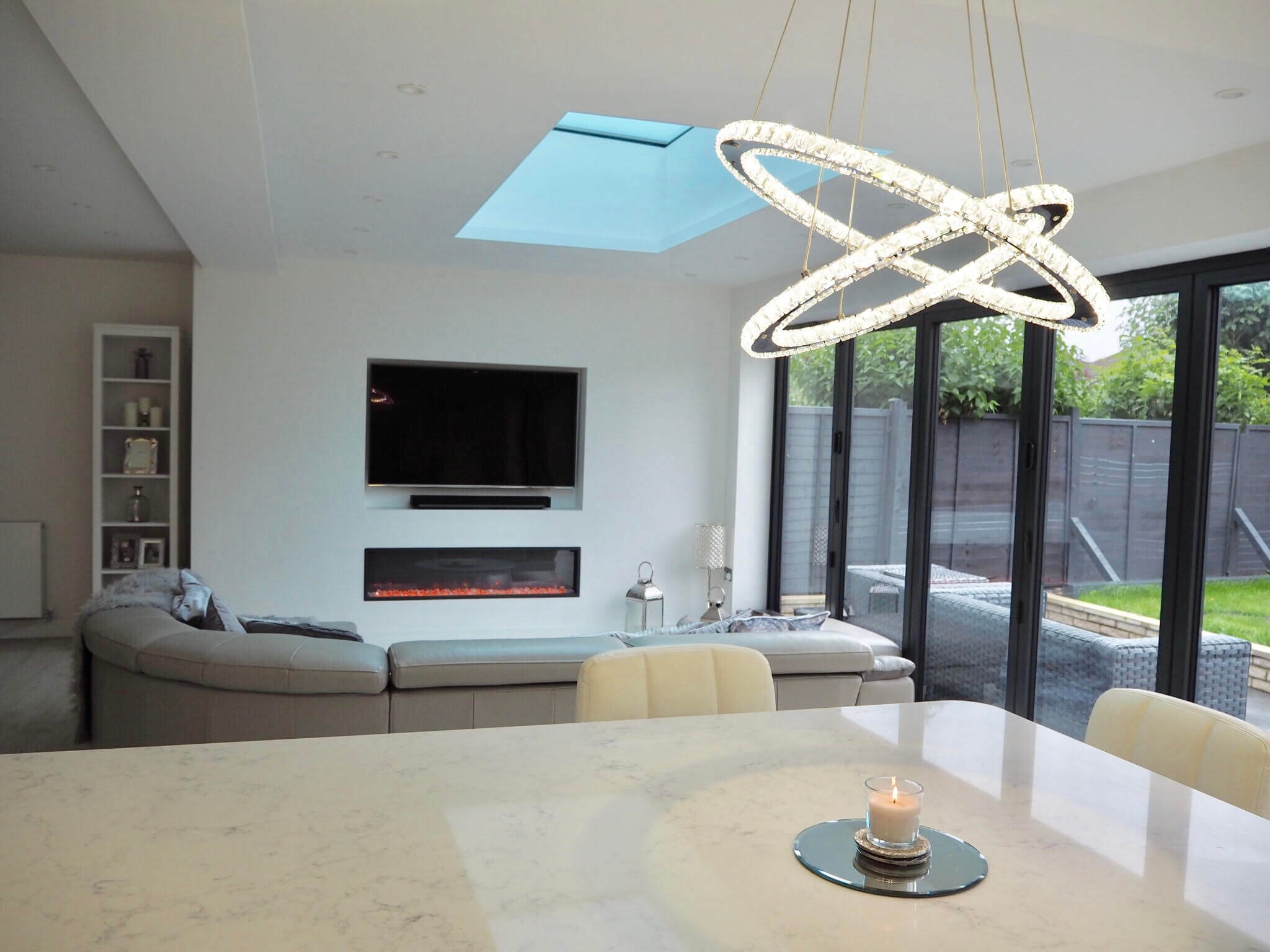 Check out the tour of this stylish, open plan, contemporary extensions. Photo credit: Rachael Casey