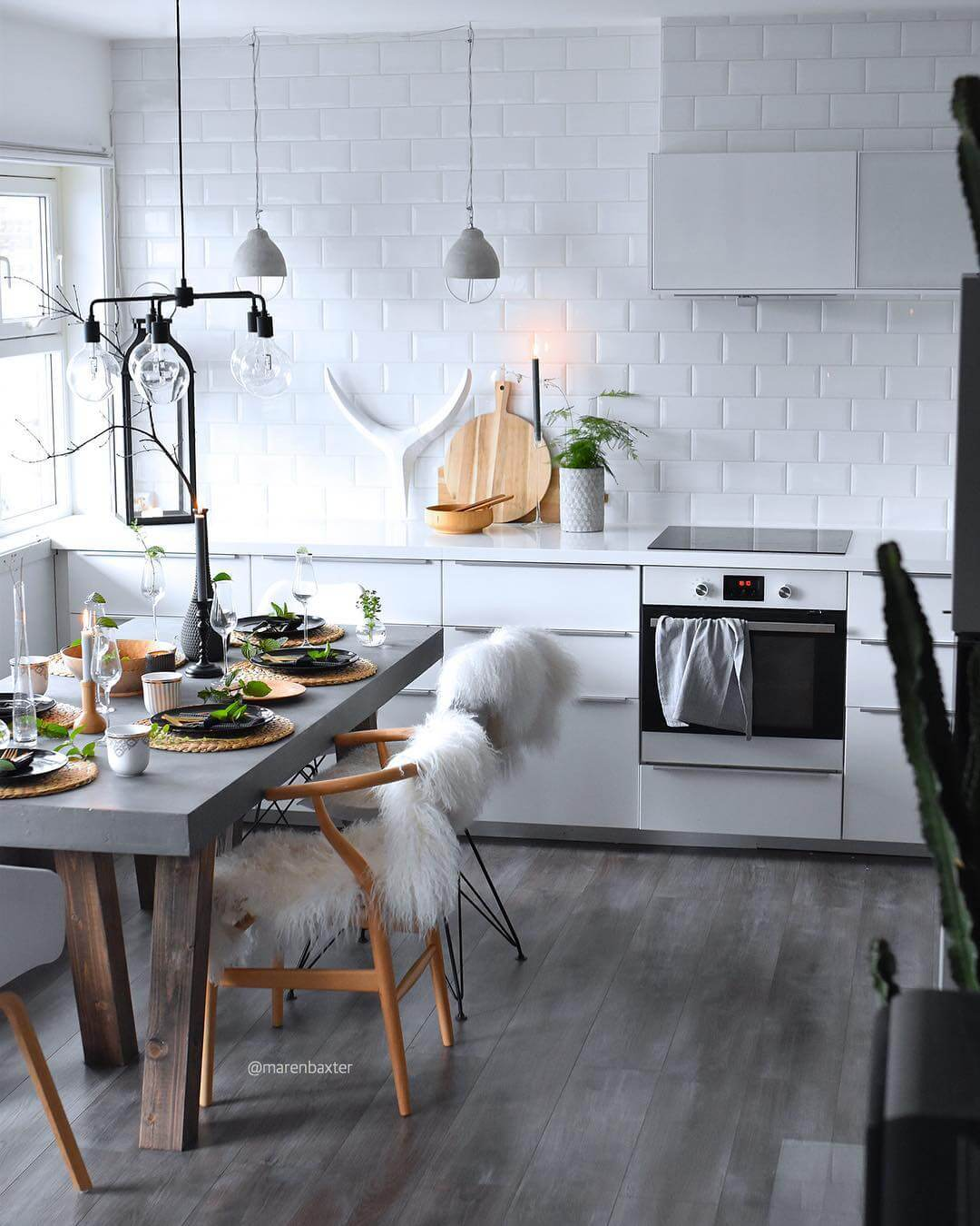Did you know you've been using Pinterest wrong this whole time? It's true! Here's how to use Pinterest properly for interior inspiration on www.lovetohome.co.uk Image credit: @marenbaxter
