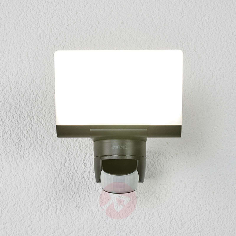 Black LED outdoor wall light XLED Home 2