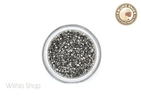 Gunmetal Chrome Round Point Back Micro Crystal