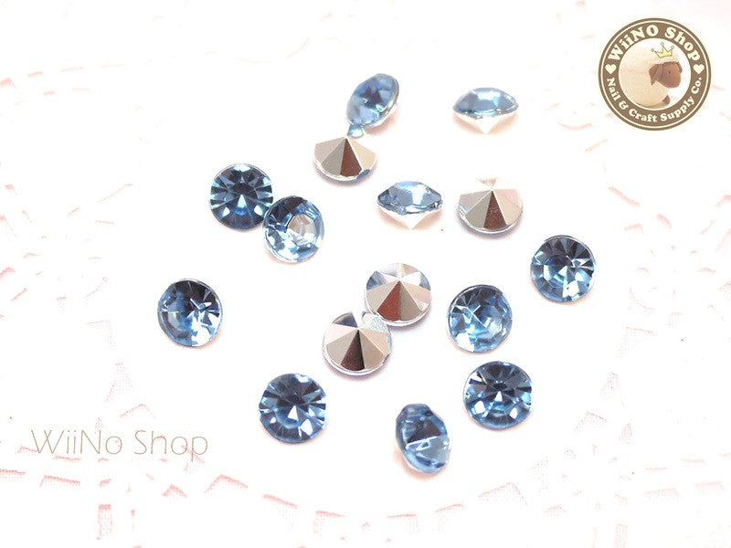 8mm Light Sapphire Blue Round Diamond Style 3D Point Back Acrylic Rhinestone - 15 pcs
