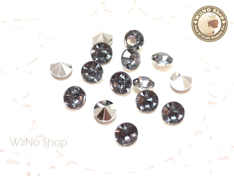 8mm Black Diamond Round Diamond Style 3D Point Back Acrylic Rhinestone - 15 pcs