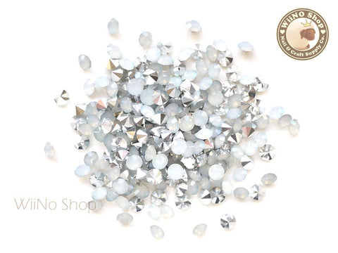 ss18 White Opal Round Diamond Style 3D Point Back Acrylic Rhinestone - 50 pcs