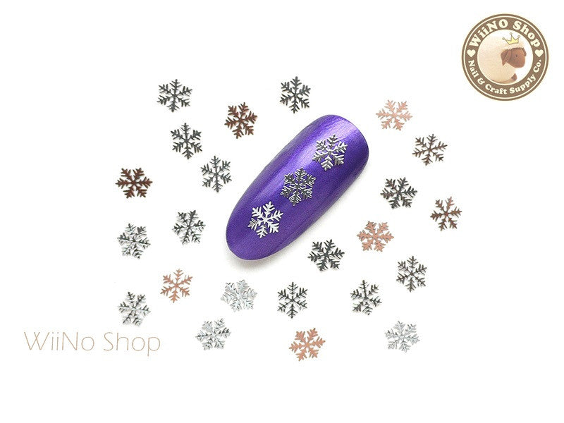 Silver Snowflake Ultra Thin Nail Art Metal Decoration - 25 pcs