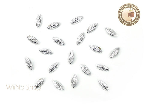 6 x 3mm Silver Textured Marquise 3D Point Back Rhinestone - 10 pcs