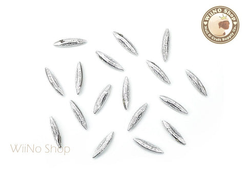 11 x 3mm Silver Textured Marquise 3D Point Back Rhinestone - 10 pcs