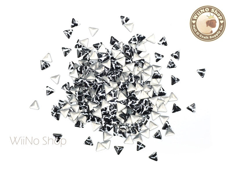 4mm Black White Marble Pattern Triangle Metal Studs - 100 pcs