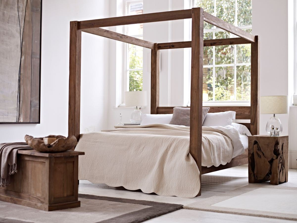 Picture of: Everything You Need To Know About The Four Poster Bed Raft Furniture