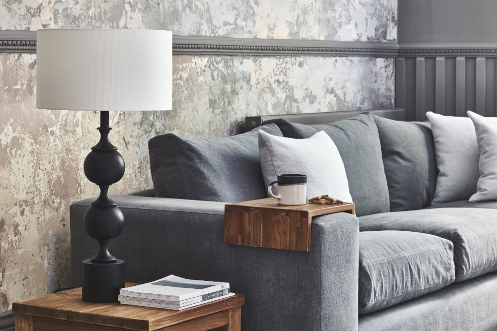 4 ways to welcome the Autumn in seasonal style moody lighting