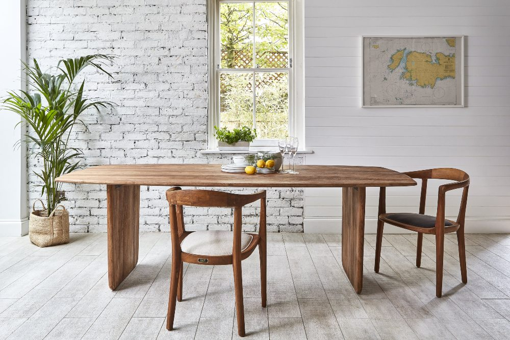 dining in style: a buyer's guide to the perfect dining room with neve table