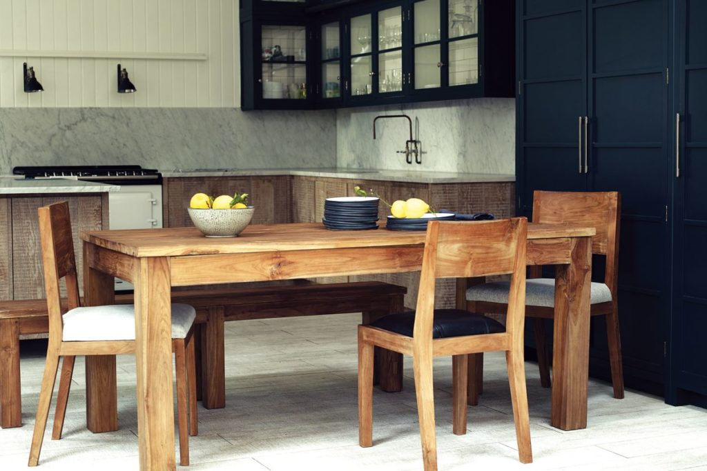 how to remove water stains from teak