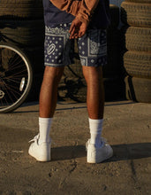 Load image into Gallery viewer, Bandana Shorts Navy