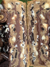 Load image into Gallery viewer, Nutella Cookies and Cream Cookie Cake
