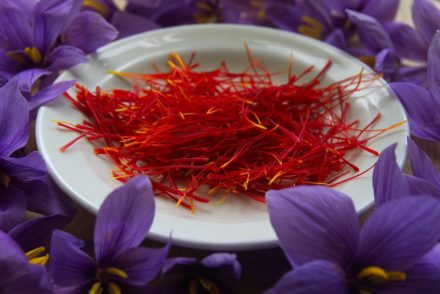 Why Do Nutritionists Love Saffron