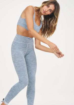 Take the plunge in our Ocean Midi Pant..  - High waisted 7/8 legwear in blue.  - Clean finish waistband.  - Branded elastic cuffs for that little bit extra.  - New Spacer Tech fabric that's quick-drying, breathable and gives a 4-way stretch.