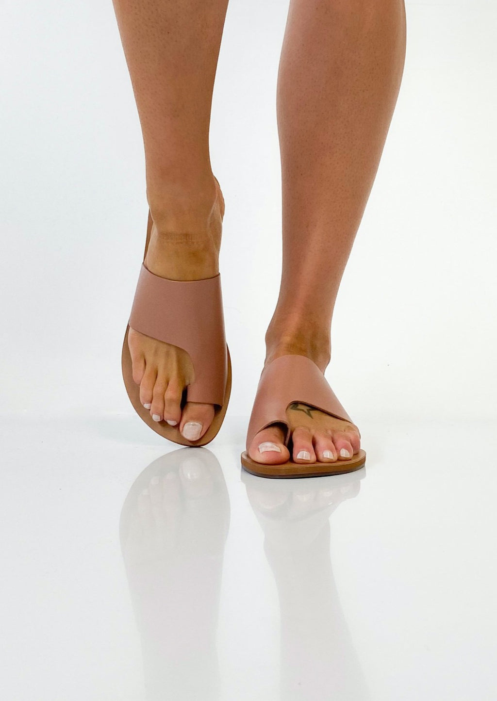 Minimal Rose Slide, by Anacapri  Our summer slide pick for colour and style  Beautiful soft leather in this seasons nude - rose  You won't want to take these off!  Pair with your favourite summer dress, linens or denim shorts  Fabric:  Leather