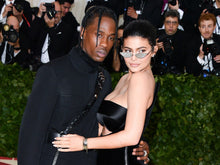 Load image into Gallery viewer, kylie jenner wearing same sunglasses with cystals hugging husband at met gala