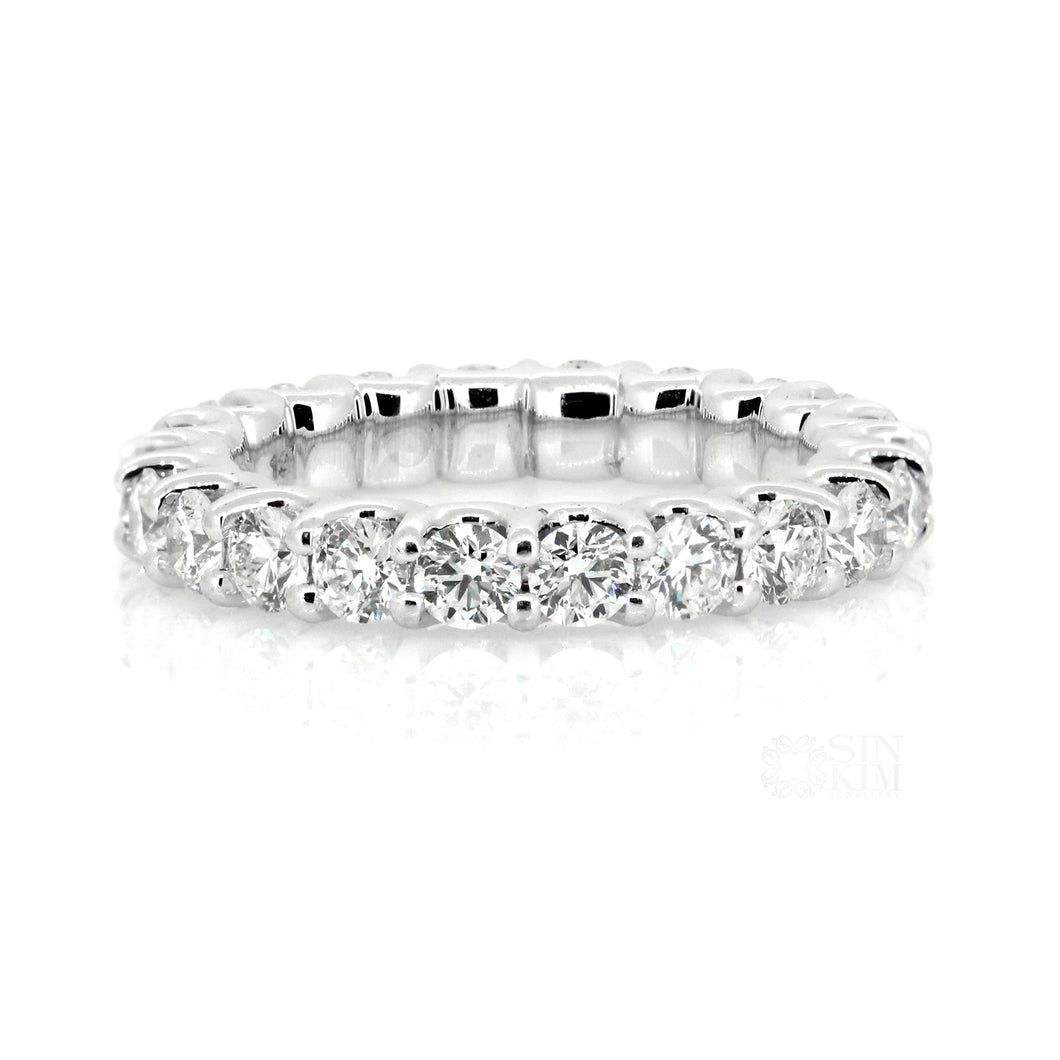 The Kelly Diamond Eternity Band