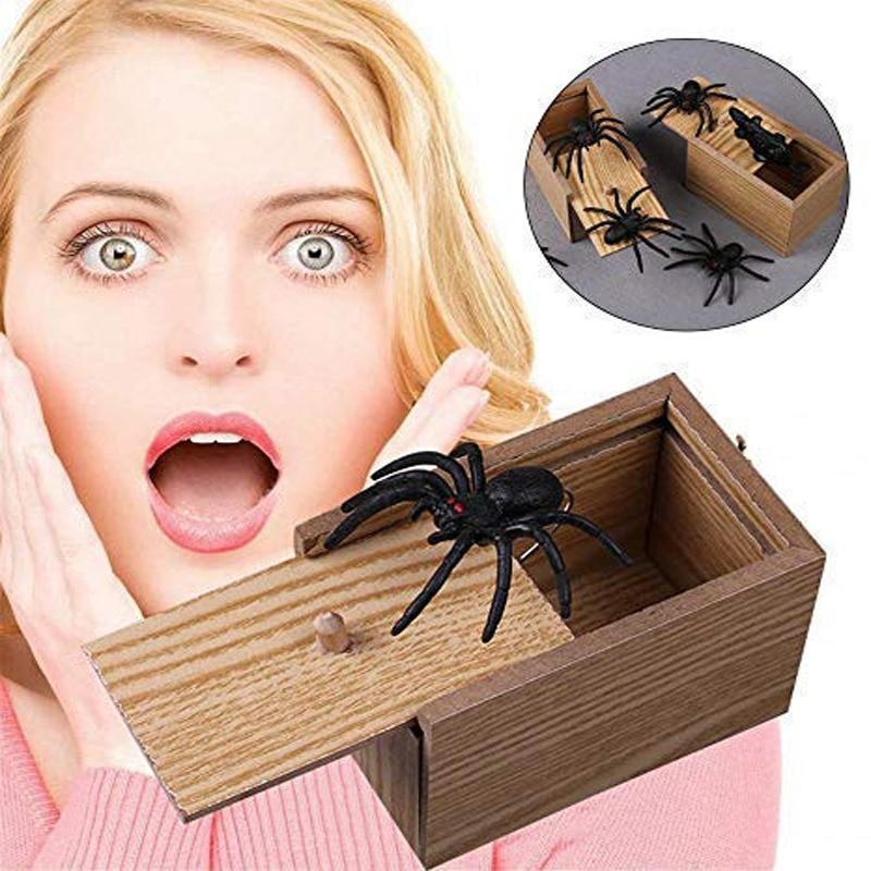 Spider Wooden Box Prank - KOLLMART