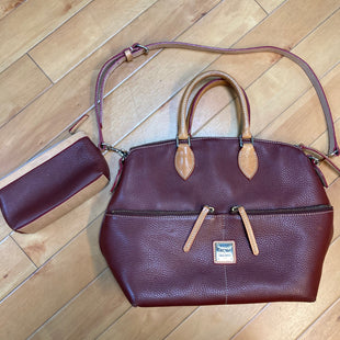 Primary Photo - BRAND: DOONEY AND BOURKE STYLE: HANDBAG DESIGNER COLOR: MAROON SIZE: LARGE OTHER INFO: BROWN TRIMS W/ POUCH SKU: 178-178102-54235
