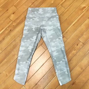 Primary Photo - BRAND: LOLE STYLE: ATHLETIC CAPRIS COLOR: CAMOFLAUGE SIZE: S OTHER INFO: GREY SKU: 178-178212-159