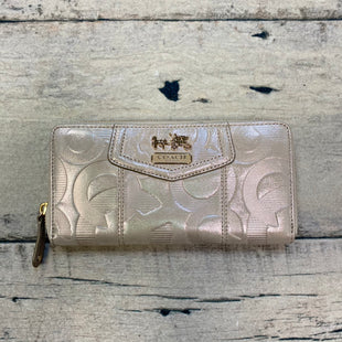 Primary Photo - BRAND: COACH STYLE: WALLET COLOR: BEIGE SIZE: LARGE OTHER INFO: IRREDESCENT BEIGE SKU: 178-178212-3189