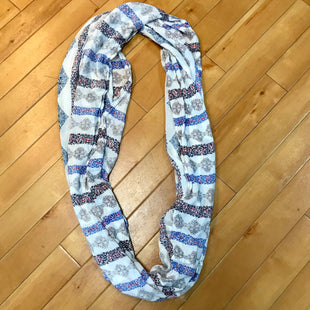 Primary Photo - BRAND: LOFT STYLE: SCARF COLOR: BLACK WHITE OTHER INFO: BLUE/WHITE/GREY SKU: 178-17883-10471