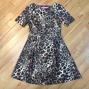 Primary Photo - BRAND: ISAAC MIZRAHI STYLE: DRESS SHORT SHORT SLEEVE COLOR: LEOPARD PRINT SIZE: 2 SKU: 178-178166-3021