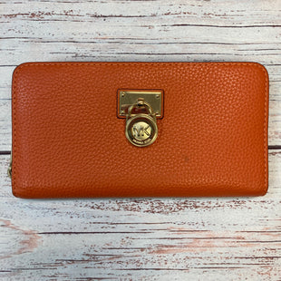 Primary Photo - BRAND: MICHAEL KORS STYLE: WALLET COLOR: ORANGE SIZE: LARGE OTHER INFO: GOLD CHARM SKU: 178-17853-182