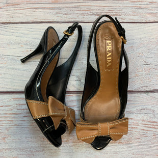 Primary Photo - BRAND: PRADA STYLE: SHOES DESIGNER COLOR: MULTI SIZE: 7 OTHER INFO: SZ 37-PEEP TOE HEELS-BLACK/BROWN-BOWS SKU: 178-178102-64368