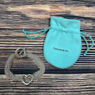 Primary Photo - BRAND: TIFFANY AND COMPANY STYLE: BRACELET COLOR: SILVER OTHER INFO: MULTI STRAIN HEART SKU: 178-178199-2655