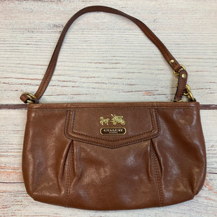 Primary Photo - BRAND: COACH STYLE: WRISTLET COLOR: CAMEL OTHER INFO: GENUINE LEATHER SKU: 178-178102-58985