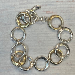 Primary Photo - STYLE: BRACELET COLOR: GOLD SILVER OTHER INFO: CIRCLES SKU: 178-178102-61769