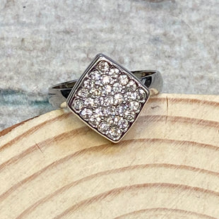 Primary Photo - STYLE: RING COLOR: SILVER SIZE: 7 OTHER INFO: CRYSTALS IN SQUARE SHAPE SKU: 178-178102-60995
