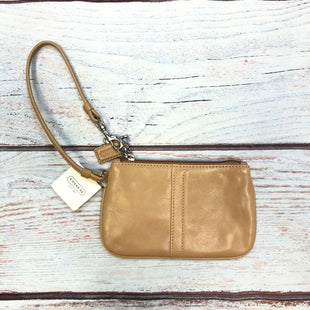 Primary Photo - BRAND: COACH STYLE: WRISTLET COLOR: CAMEL SIZE: S OTHER INFO: NEW! SKU: 178-178174-1019