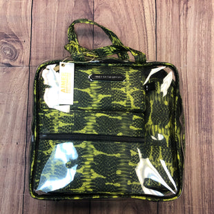 Primary Photo - BRAND: AIMEE KESTENBERG STYLE: MAKEUP BAG COLOR: SNAKESKIN PRINT SIZE: 03 PIECE OTHER INFO: NEW! TRAVEL KIT-GREEN SKU: 178-178212-1873