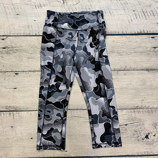Primary Photo - BRAND: AVIA STYLE: ATHLETIC CAPRIS COLOR: CAMOFLAUGE SIZE: S OTHER INFO: GREY SKU: 178-178199-1441