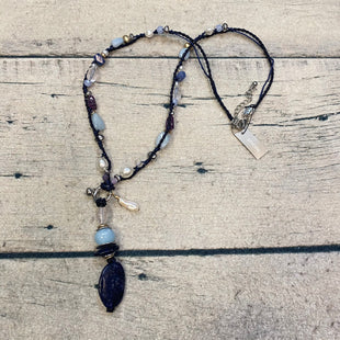 Primary Photo - BRAND: CHICOS STYLE: NECKLACE COLOR: NAVY OTHER INFO: NEW! LIGHT BLUE/NAVY/PEARL/CLEAR SKU: 178-178102-59636