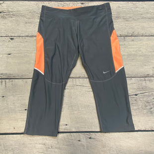 Primary Photo - BRAND: NIKE APPAREL STYLE: ATHLETIC CAPRIS COLOR: GREY SIZE: S OTHER INFO: ORANGE TRIMS SKU: 178-178102-57361