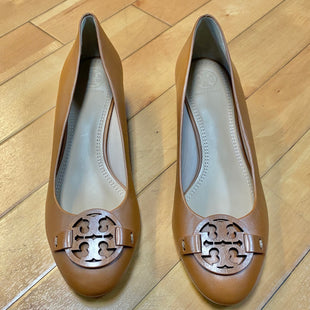 Primary Photo - BRAND: TORY BURCH STYLE: SHOES LOW HEEL COLOR: CAMEL SIZE: 9 OTHER INFO: NEW! SKU: 178-178102-54542
