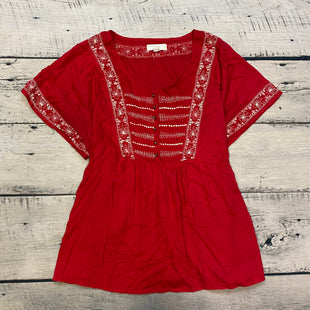 Primary Photo - BRAND: FOREVER 21 STYLE: TOP SHORT SLEEVE COLOR: RED SIZE: 3X OTHER INFO: WHITE EMBROIDERY SKU: 178-178102-58381