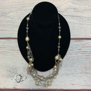 Primary Photo - BRAND: PREMIER DESIGNS STYLE: NECKLACE COLOR: SILVER OTHER INFO: PEARLS/CLEAR BEADS SKU: 178-178102-64179